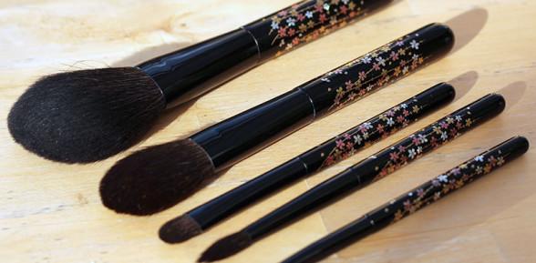 Chikuhodo x Beautylish The Sakura Collection brush set